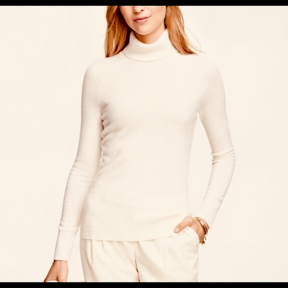 8e9c18dc628 CASHMERE CHARTER CLUB Turtleneck Sweater
